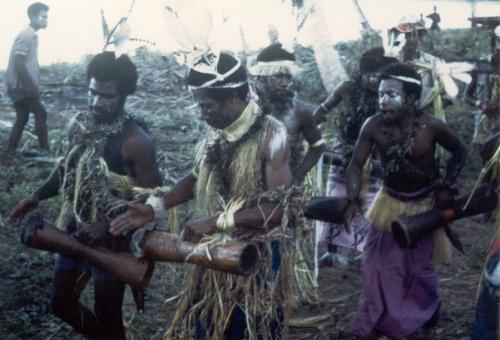 sam1976-man-singsingikam